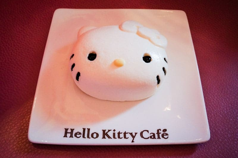 hello-kitty-cafe-seul-7