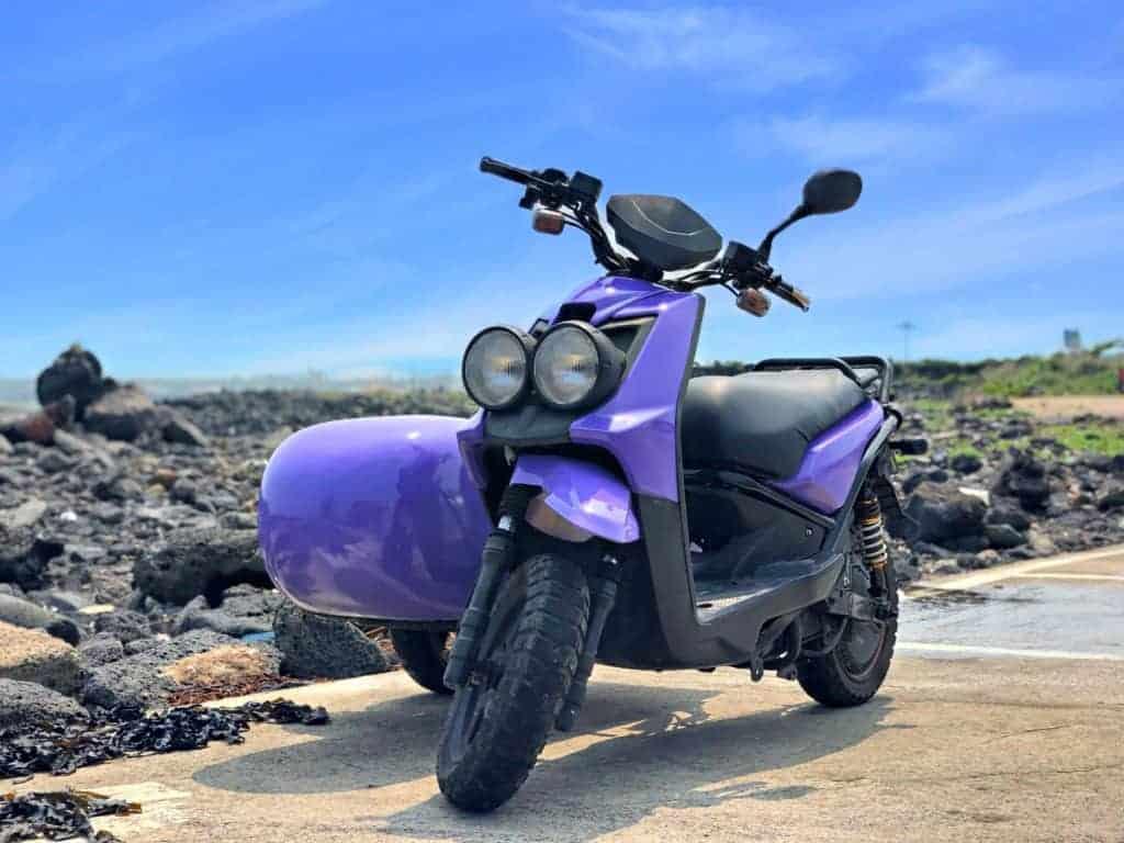 Moto en la isla Udo, Jeju